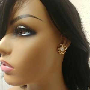 Rhinestone and Flower Stud Earrings
